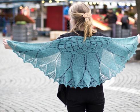 """Sjalen Gerbera som var föremål för sommarens knit-along """"OrganicSummerKAL16"""""""