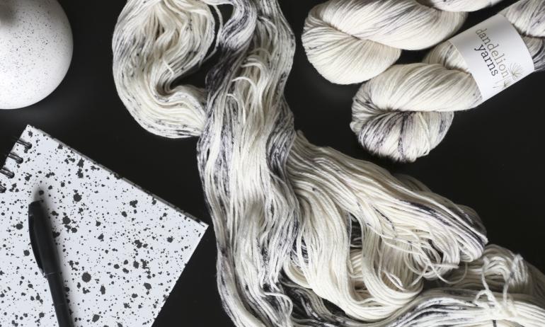 dalmatian-speckles-dandelion-yarns